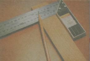 Инструменты для разметки и фиксации древесины - Уголок