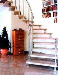 Лестница в дом - Междуэтажная лестница