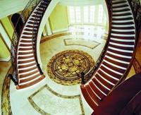 Лестница в дом - Двоскатная лестница