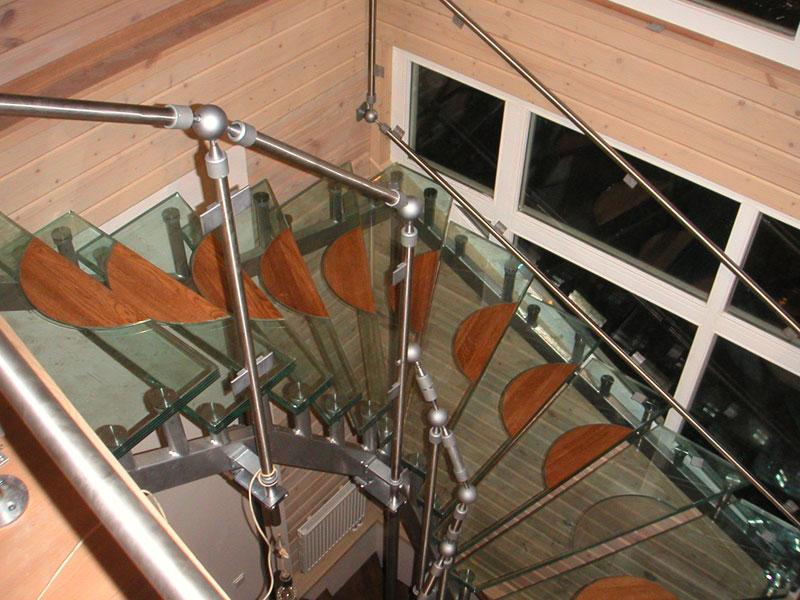 Стеклянные лестницы - Пример стекляной лестницы 2