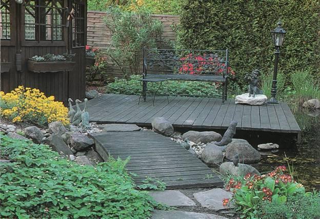 Дорожки и тропинки в саду и на участке - Деревянные покрытия