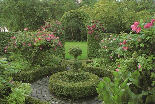 Стильный сад - сад с розами